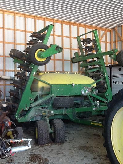 REAL ESTATE AUCTION - FARMERS GRAIN & AG LLC EXTRA FARM